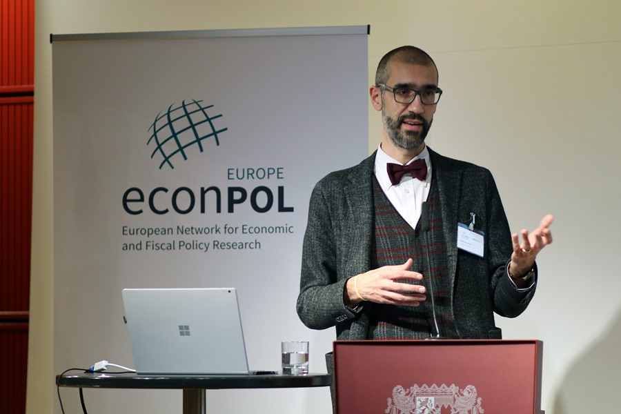 Stefano Schiavo looks at the impact of trade on European firms and works
